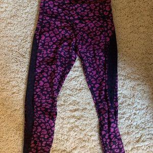 Lululemon leggings size 4!